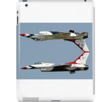 Thunderbirds - USAF US Air Force Display Team - Great aviation photo iPad Case/Skin