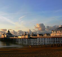 Eastbourne Pier by SAngell