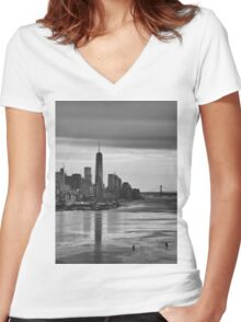 Freedom Tower Women's Fitted V-Neck T-Shirt
