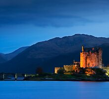 Eilean Donan Castle by Captivelight