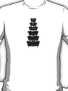 Cast iron dutch oven tower T-Shirt