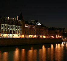 The Seine at Night by Kevin Hayden