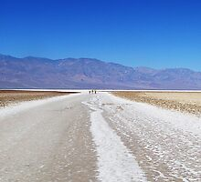 Badwater Basin by tbetts