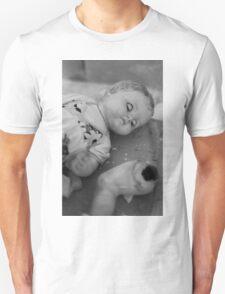 Broken doll p4 Unisex T-Shirt