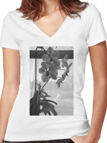 lonely Women's Fitted V-Neck T-Shirt