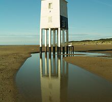 Burnham-on-Sea Lighthouse by Chris Cleaver