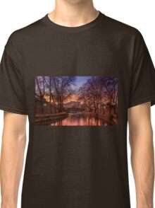 Sunset by the river Classic T-Shirt
