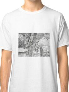 Kitty in the brush Classic T-Shirt