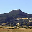 Cerro Pedernal by ria hills
