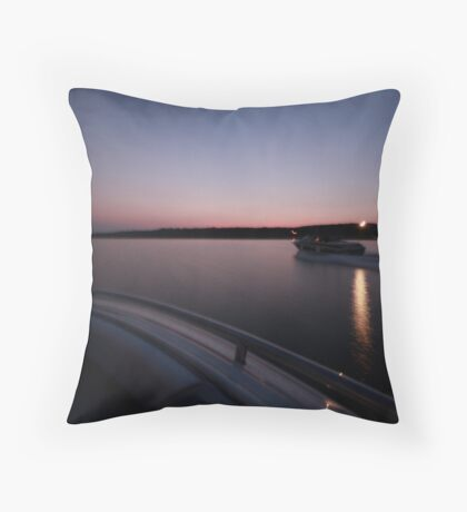 Sunset speed Throw Pillow