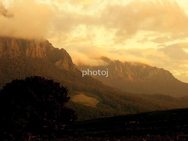photoj Tas Mt Roland by photoj