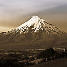 Mt Egmont, Taranaki New Zealand by Dean Mullin