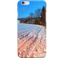 Hiking through a beautiful winter scenery | landscape photography iPhone Case/Skin
