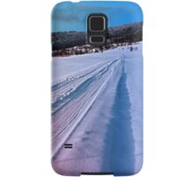 Path up to the mountains in winter time | landscape photography Samsung Galaxy Case/Skin