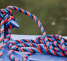 Red and Blue Rope by niksheppard