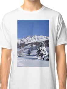 A snowy landscape Classic T-Shirt