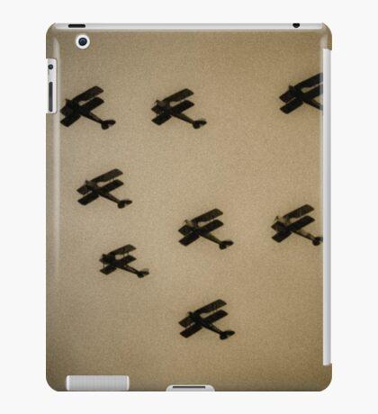 WW1 fighter squadron biplanes iPad Case/Skin