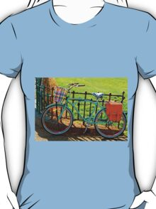 """Life is like riding a bicycle...""  Albert Einstein T-Shirt"