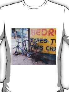 broken bike T-Shirt