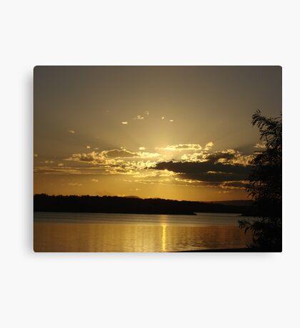 Golden Ray Sunset Canvas Print