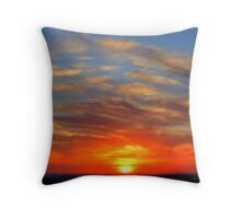 sunset from black hill lookout Throw Pillow