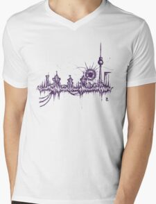 Berlin vibe (purple) Mens V-Neck T-Shirt