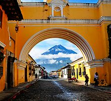 Arco de Antigua by Skip Hunt