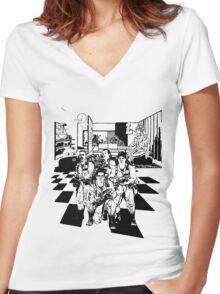 Busting Ghosts (Redada Fantasma) Women's Fitted V-Neck T-Shirt