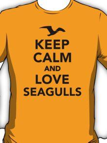 Keep calm and love seagulls T-Shirt