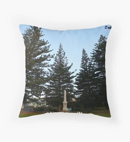 Sorrento war memorial Throw Pillow