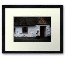 Thatched cottage 2 Framed Print