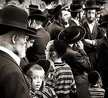 Hasidim by Philipp Verges