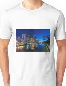 Melbourne Southgate at night Unisex T-Shirt