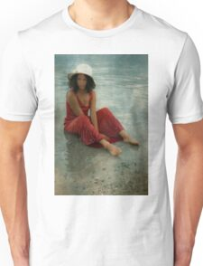 beauty in red Unisex T-Shirt