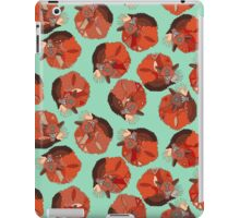 curled fox polka mint iPad Case/Skin
