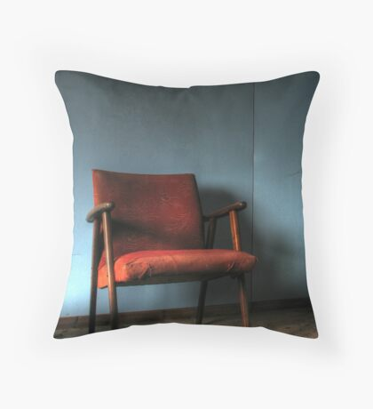 'The chair' Throw Pillow