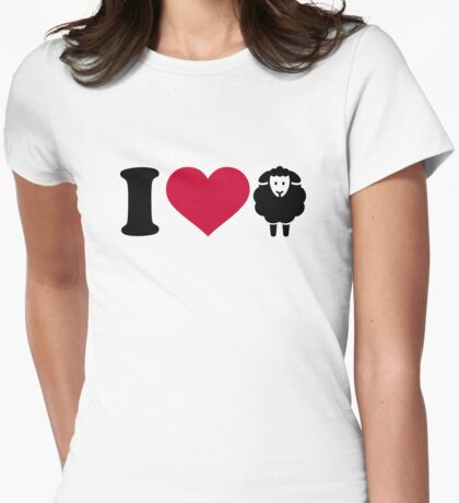 I love Sheeps Womens Fitted T-Shirt