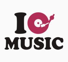 I love music DJ One Piece - Short Sleeve