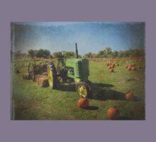 John Deere Tractor Harvest Time Photograph Textured Kids Tee