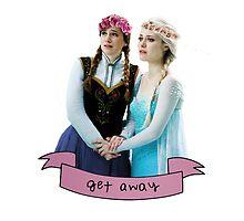 Anna & Elsa by estherpie