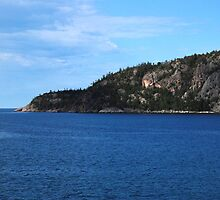 Lake Superior by Lynda   McDonald