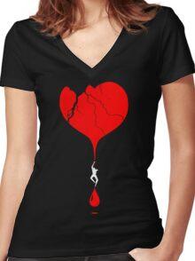 heart climber Women's Fitted V-Neck T-Shirt