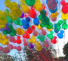 Disneyland Balloons by disneylandaily