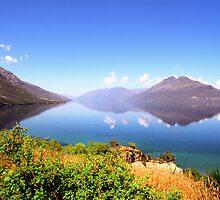 Lake Wakatipu by kevin smith  skystudiohawaii