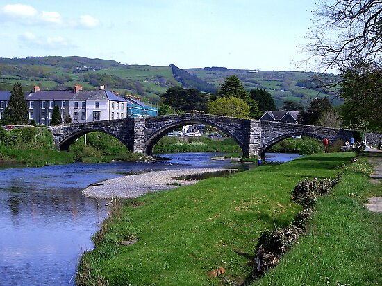 Y Bont Fawr - Llanrwst Bridge -Snowdonia by Trevor Kersley