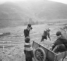 Kids in Sapa by Stangus