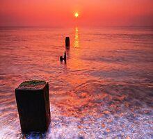 Aldeburgh Beach Suffolk 5. by Wayne Bradshaw
