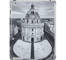 Radcliffe Camera in snow, Oxford iPad Case/Skin