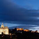 Dusk in Edinburgh by tayforth