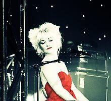 Kate Miller-Heidke at Bluesfest 2008 by Amanda Lowjen